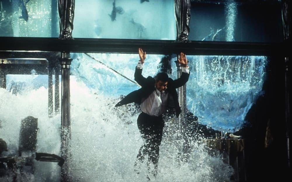 Nhung lan Tom Cruise doi dien voi cai chet tren truong quay hinh anh 3