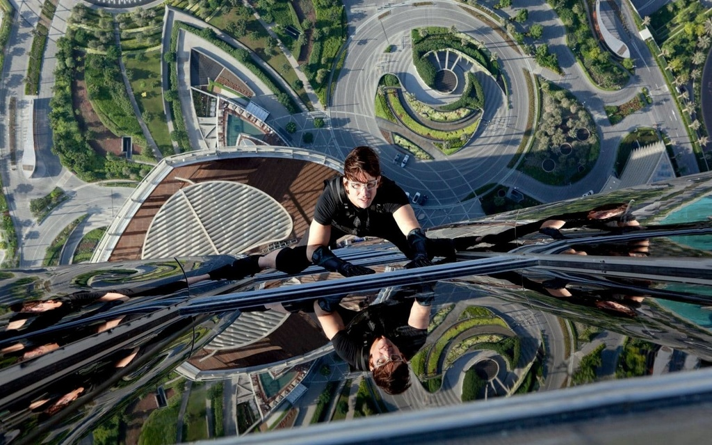Nhung lan Tom Cruise doi dien voi cai chet tren truong quay hinh anh 7
