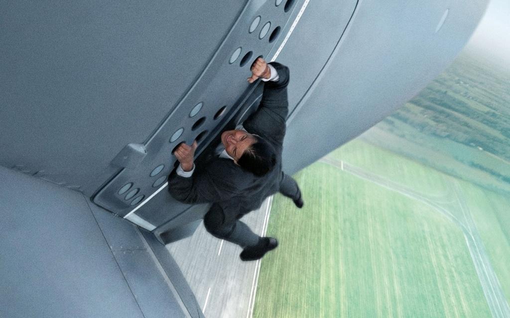 Nhung lan Tom Cruise doi dien voi cai chet tren truong quay hinh anh 9