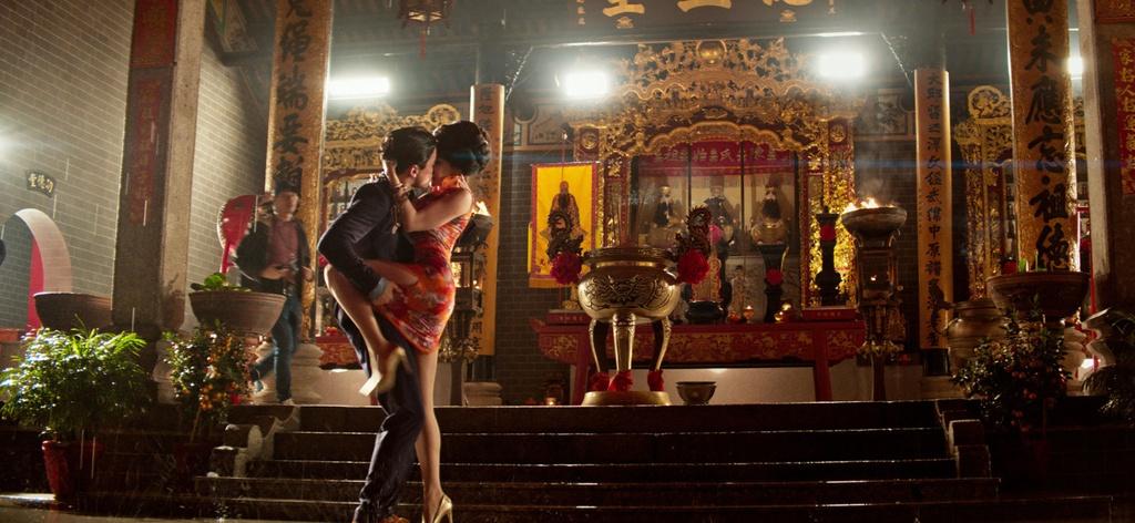 'Con nha sieu giau chau A': Bai toan khong de nhan cua Warner Bros. hinh anh 3