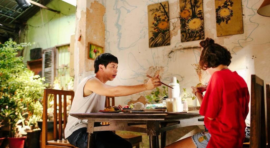 'Chang vo cua em': Charlie Nguyen - Thai Hoa tai lap phong do dinh cao hinh anh 5
