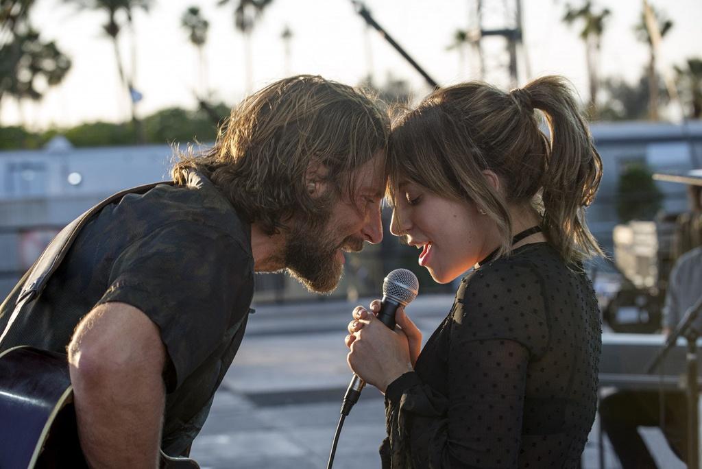 'Vi sao vut sang' cua Lady Gaga rong cua tai Oscar 2019 hinh anh 4