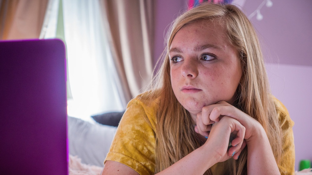 'Eighth Grade': Chan dung sinh dong ve the he Z tai My hinh anh 3
