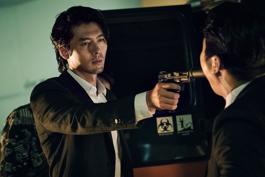 'Cuoc dam phan sinh tu': Hyun Bin an tuong qua vai phan dien kho doan hinh anh 4