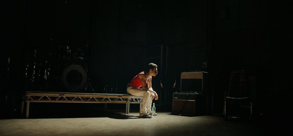 'Bohemian Rhapsody' - Thu linh Queen luong tinh va di biet hon the hinh anh 5