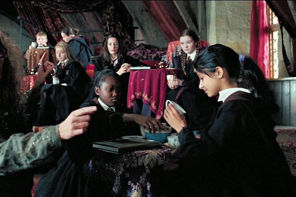 Cac dien vien giua chung roi bo the gioi phu thuy 'Harry Potter' hinh anh 16