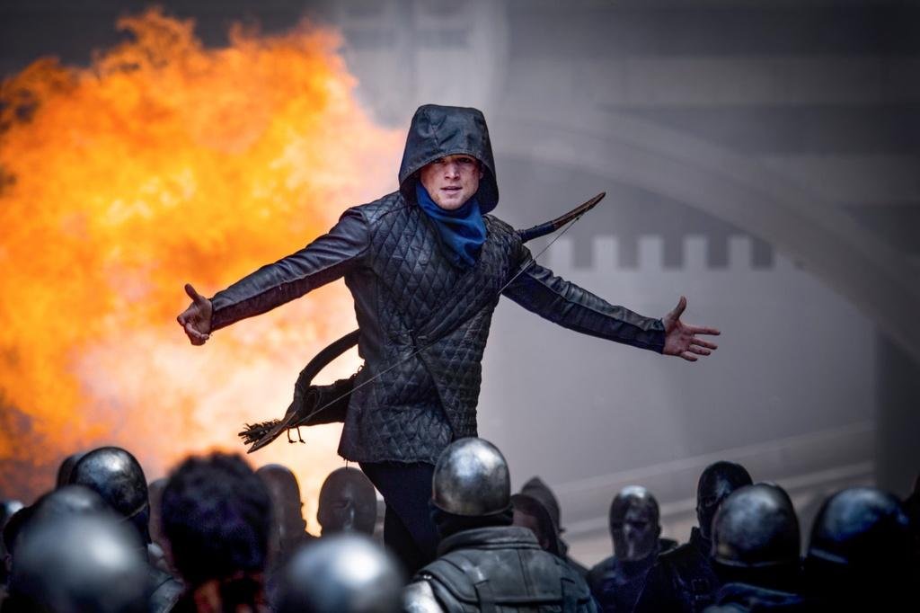 'Robin Hood' (2018) - Hanh dong hap dan, kich ban xoang xinh hinh anh 4