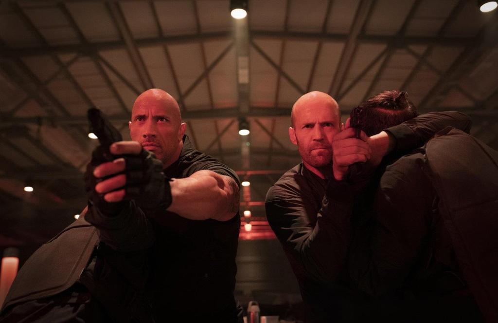 'Fast & Furious' voi The Rock va Jason Statham se dai nao phong ve hinh anh 1