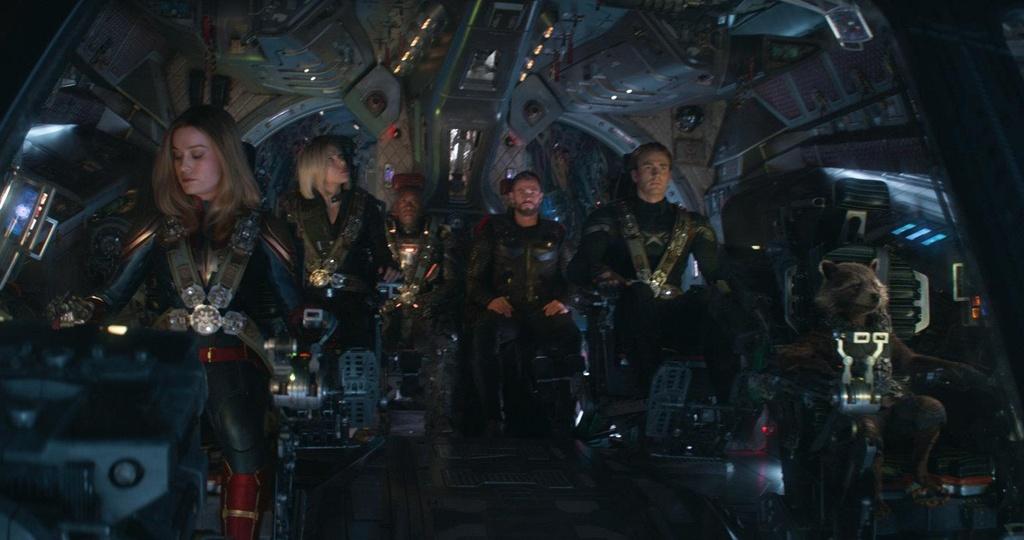 Nhom sieu anh hung 'Avengers: Endgame' kiem tien thua 'Avatar' hinh anh 1