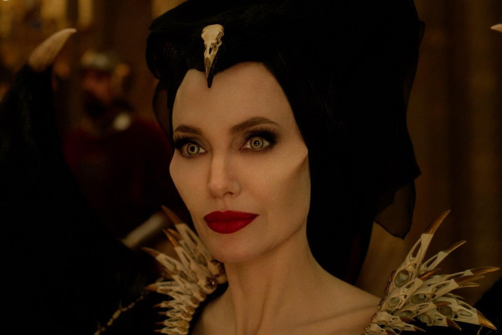 Vi sao 'Tien hac am 2' cua Angelina Jolie rat quan trong voi Disney? hinh anh 1