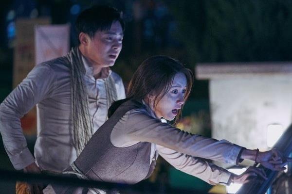 'Loi thoat tren khong' cua Yoona - kich tinh, hai huoc va cam dong hinh anh 5