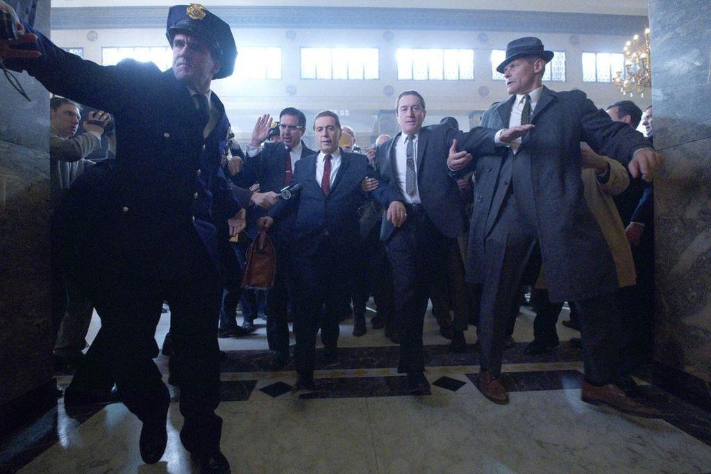 'IT 2', 'Joker', 'Frozen 2' va loat phim bom tan ra rap trong mua thu hinh anh 12
