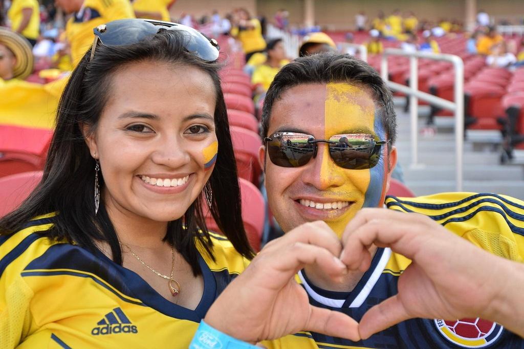 Nhung bong hong trong ngay khai man Copa America hinh anh 4