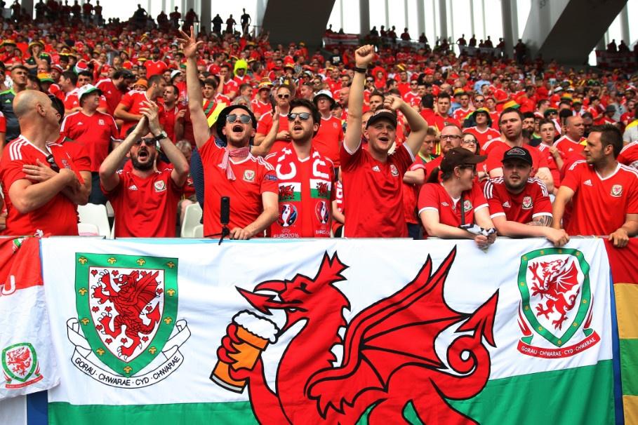 Bale toa sang giup xu Wales gianh chien thang lich su hinh anh 13