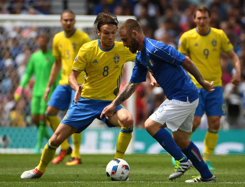 Cham diem Italy vs Thuy Dien: Con gio la goc Brazil toa sang hinh anh 6