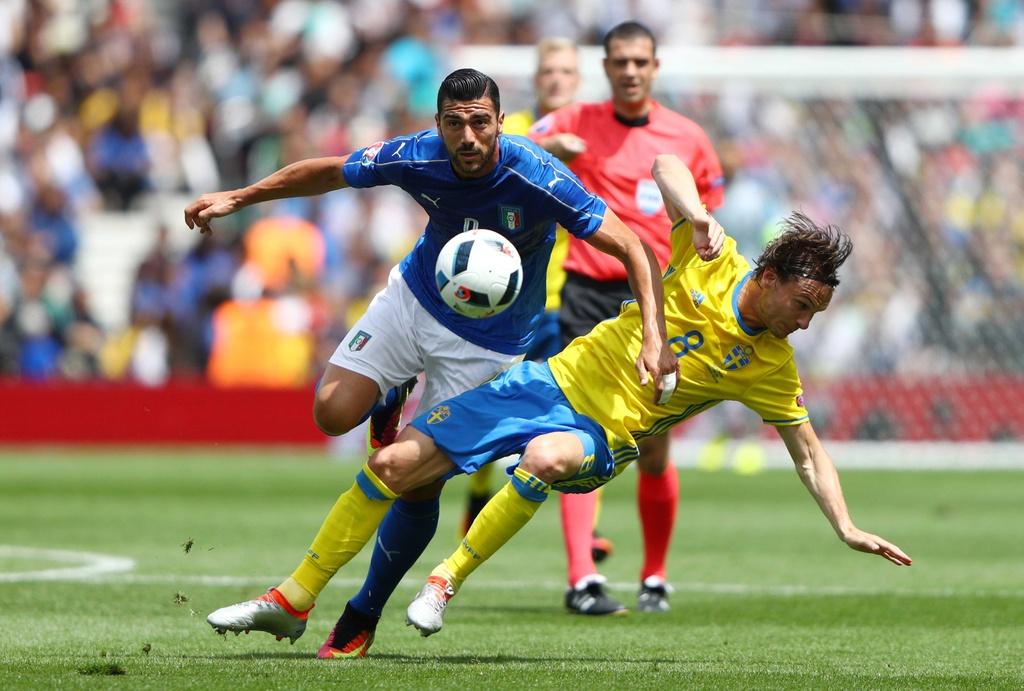 Cham diem Italy vs Thuy Dien: Con gio la goc Brazil toa sang hinh anh 12
