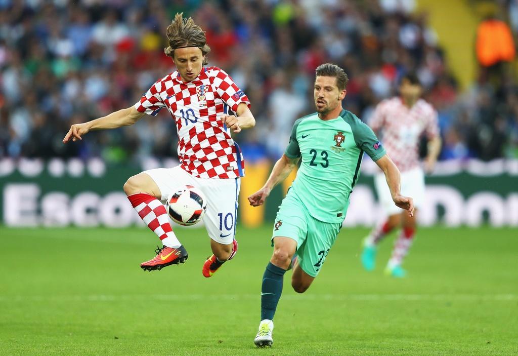 Cham diem Croatia vs BDN: Phut thang hoa bat chot cua CR7 hinh anh 20