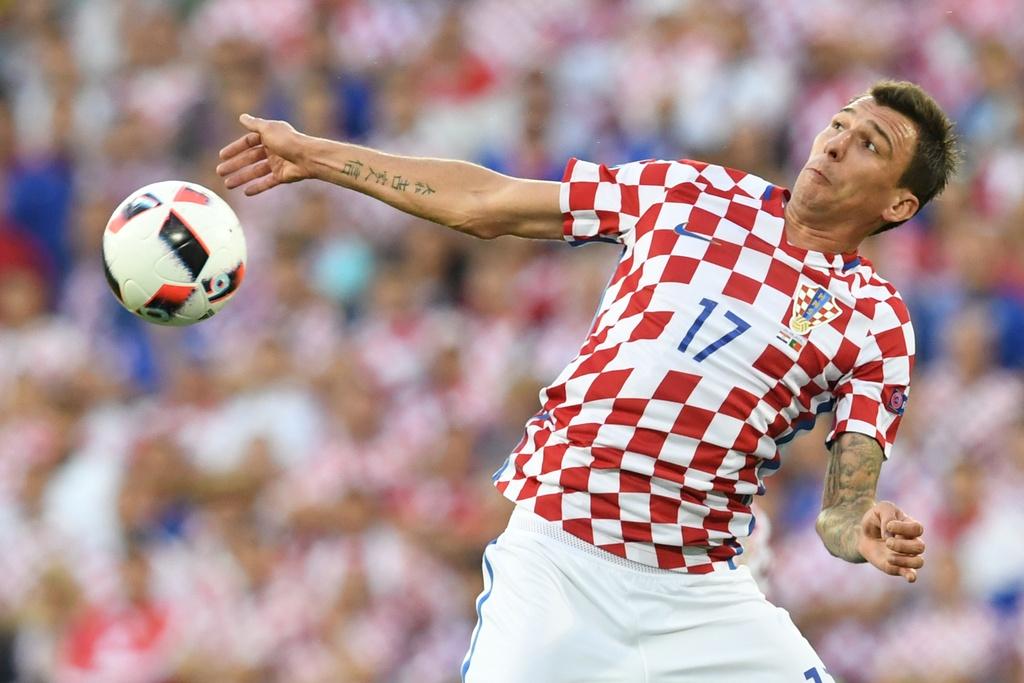 Cham diem Croatia vs BDN: Phut thang hoa bat chot cua CR7 hinh anh 12
