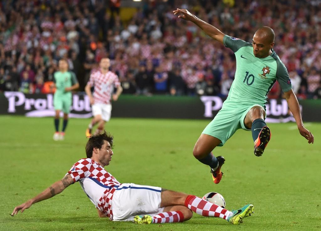 Cham diem Croatia vs BDN: Phut thang hoa bat chot cua CR7 hinh anh 5
