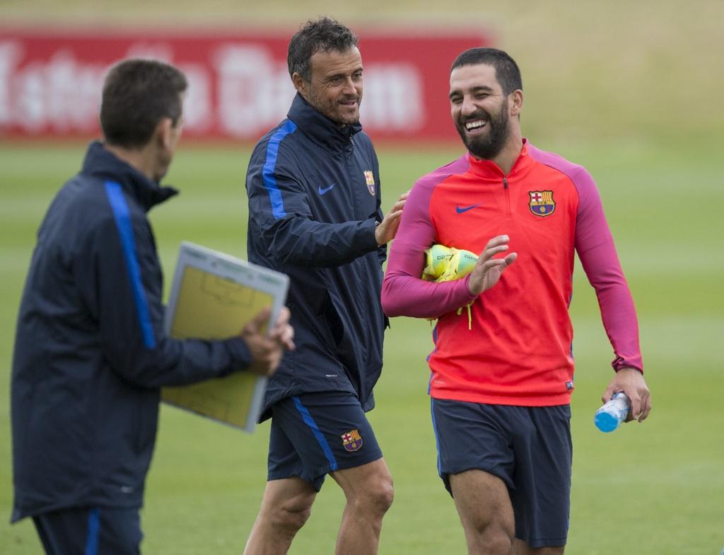 Messi va dan sao Barca huc nhau anh 14