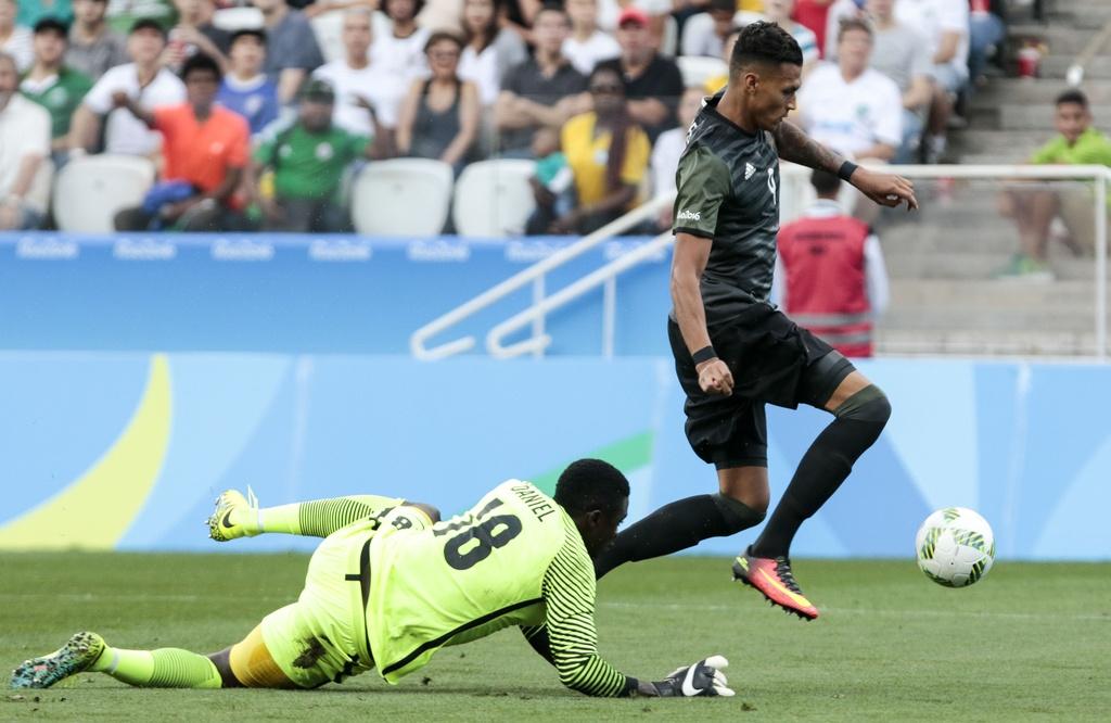 Duc thang thuyet phuc Nigeria, hen Brazil o chung ket hinh anh 7
