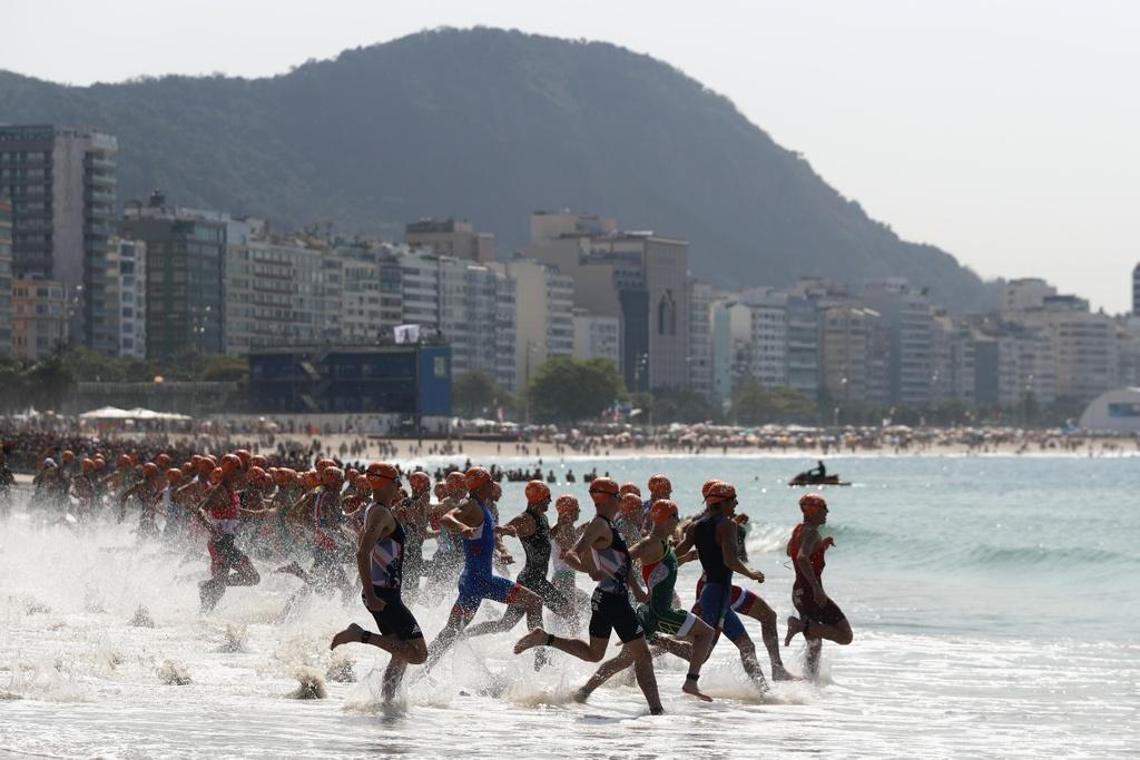 Cap anh em nguoi Anh thong tri duong dua 'Ironman' Olympic hinh anh 5