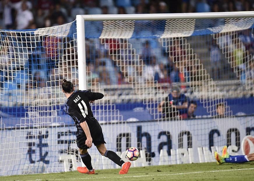 Gareth Bale lap cu dup, Real thang dam tran ra quan hinh anh 6