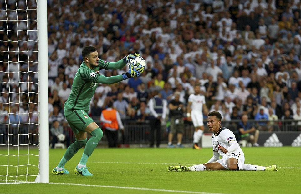 Tottenham bai tran trong ngay lap ky luc tai Wembley hinh anh 9