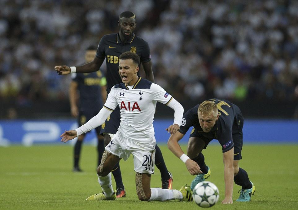 Tottenham bai tran trong ngay lap ky luc tai Wembley hinh anh 11