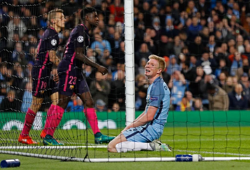Messi mo ty so, Barca van thua nguoc 1-3 Man City hinh anh 9