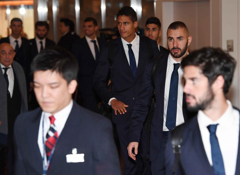 Ronaldo chac chan vang mat o le trao Qua bong vang hinh anh 8