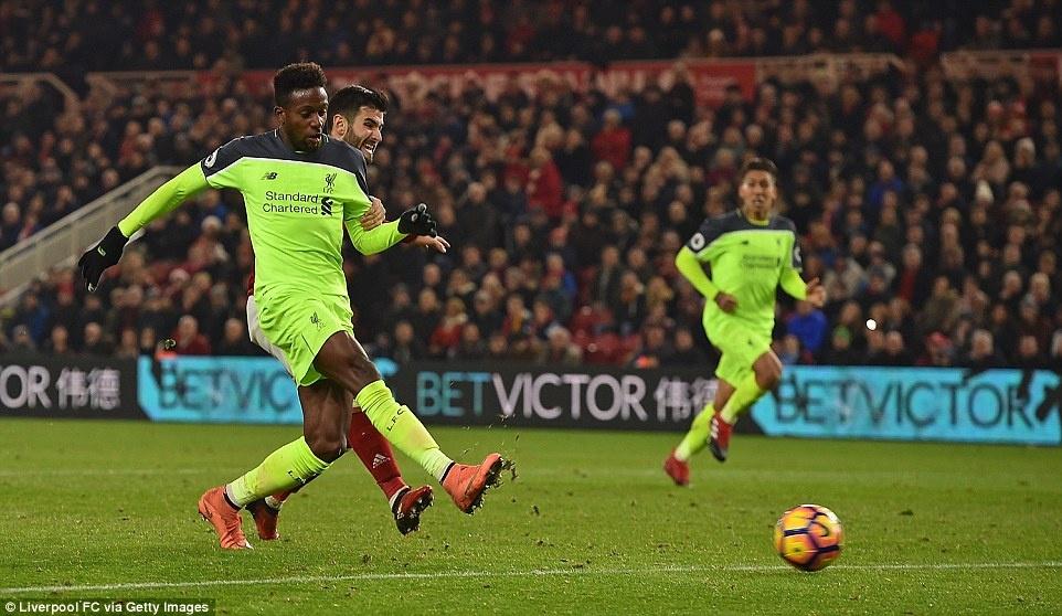 Liverpool tro lai vi tri thu 2 anh 6