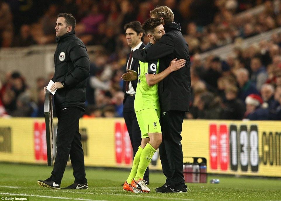Liverpool tro lai vi tri thu 2 anh 12