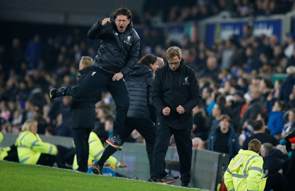 Mane toa sang giup Liverpool thang kich tinh Everton hinh anh 12