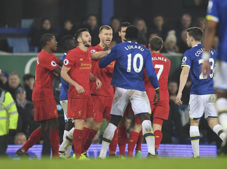 Mane toa sang giup Liverpool thang kich tinh Everton hinh anh 8