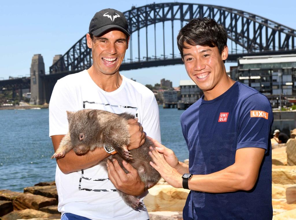 Federer thich thu om chu chuot tui dang yeu hinh anh 3