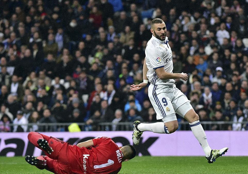 Ronaldo lap cong va kien tao giup Real thang dam Sociedad hinh anh 8