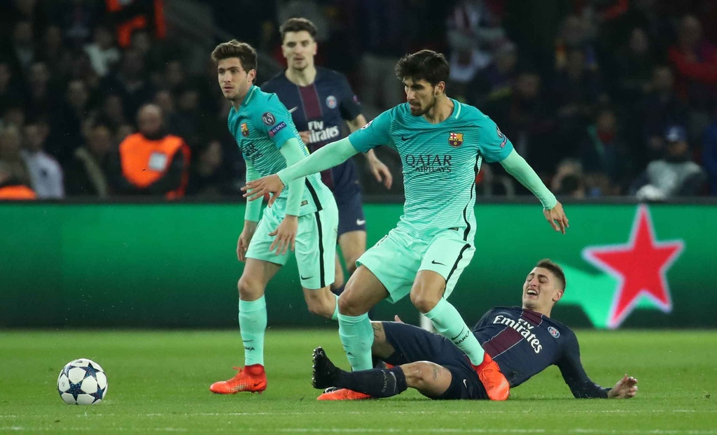 PSG huy diet Barca o Champions League anh 6
