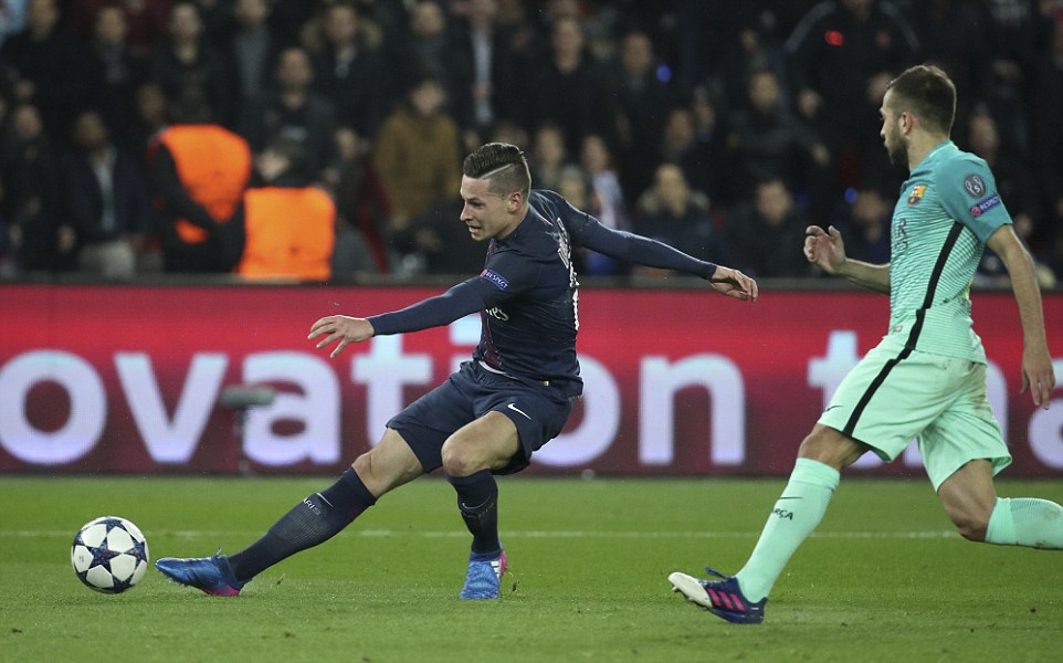 PSG huy diet Barca o Champions League anh 7