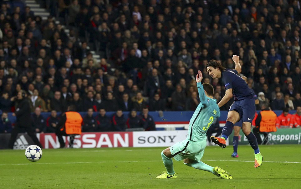 PSG huy diet Barca o Champions League anh 10