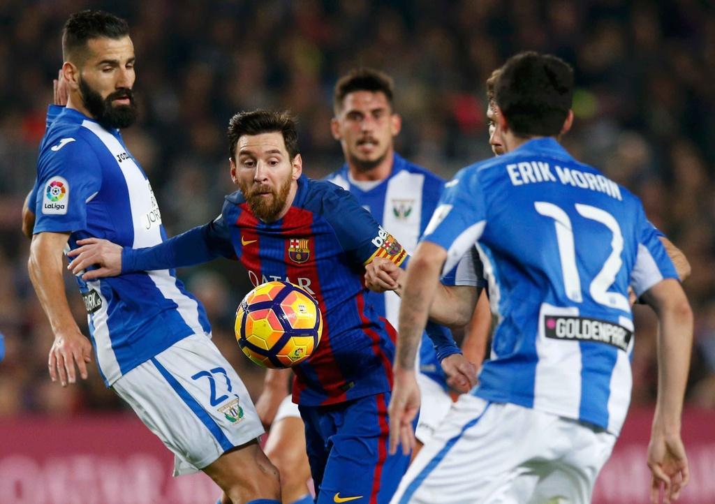 Messi lap cu dup giup Barca bam duoi Real hinh anh 7