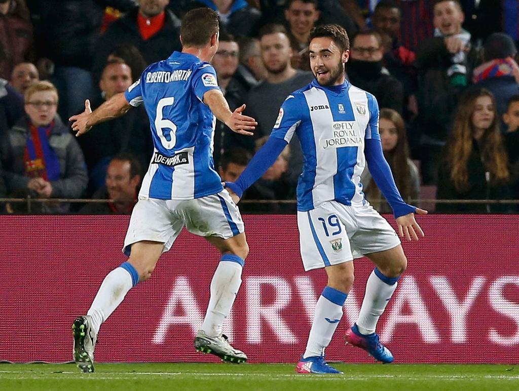 Messi lap cu dup giup Barca bam duoi Real hinh anh 9