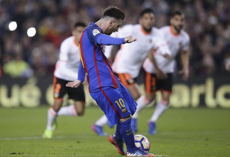 Barca nguoc dong thang Valencia 4-2 anh 7