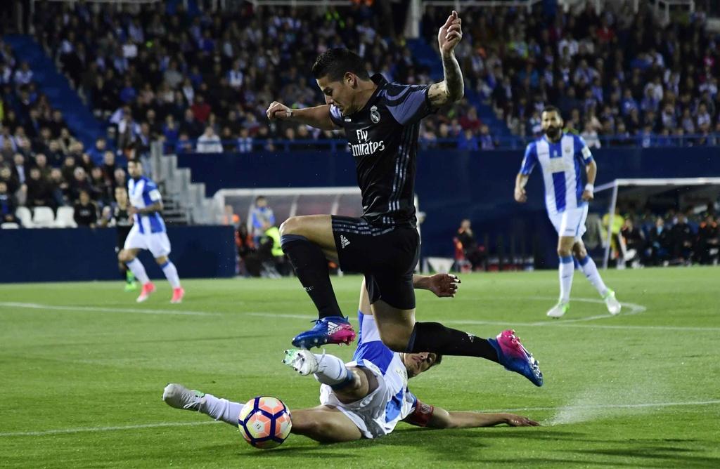 Morata lap hat-trick, Real chua cho Barca co hoi soan ngoi hinh anh 10