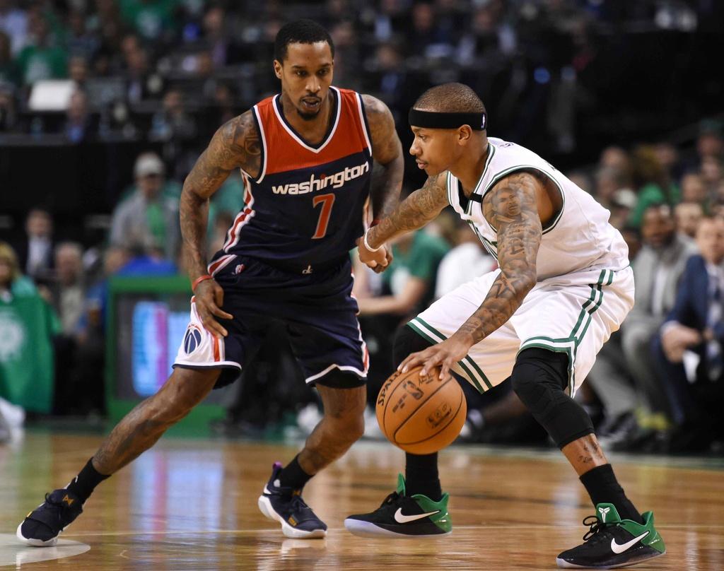 Kep phu bat ngo toa sang, Celtics vao chung ket mien Dong hinh anh 2