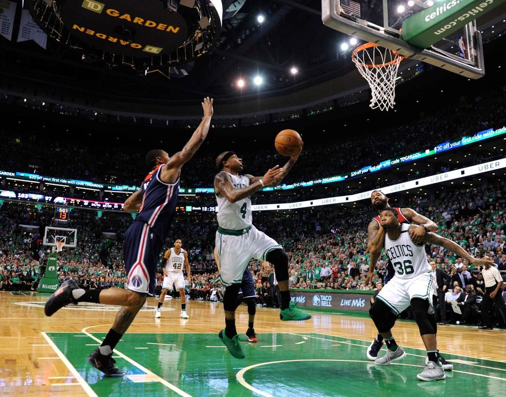 Kep phu bat ngo toa sang, Celtics vao chung ket mien Dong hinh anh 3