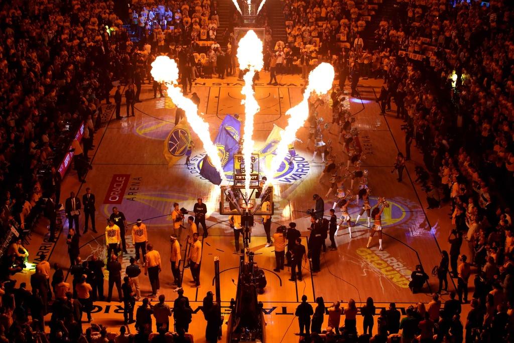 Thieu vang ngoi sao, Spurs bi Warriors de bep o game 2 hinh anh 1