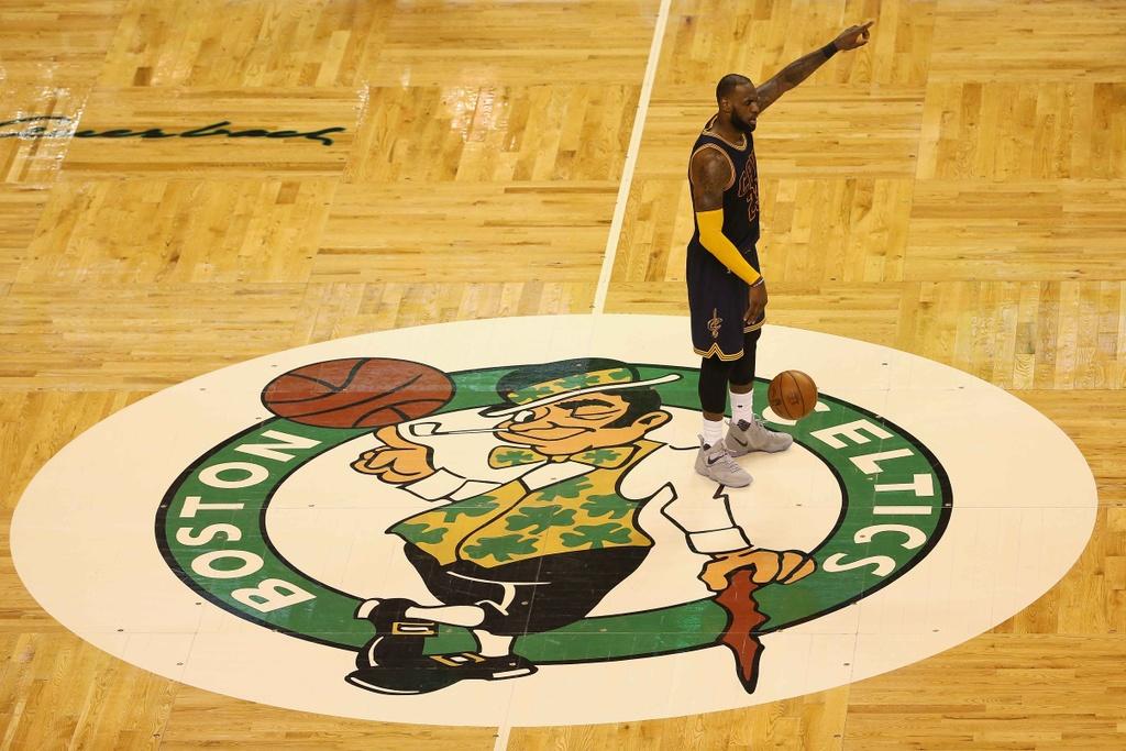 King James pha ky luc cua Michael Jordan dua Cavaliers vao chung ket hinh anh 13