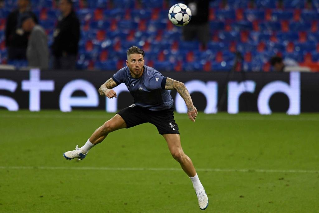 Ronaldo luyen dut diem truoc chung ket Champions League hinh anh 11