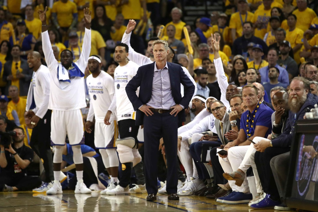 Curry, Durant toa sang, Warriors dan Cavaliers 2-0 hinh anh 14